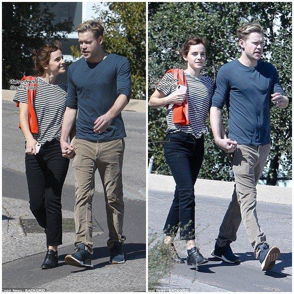 ( Candids ) Emma et son petit ami