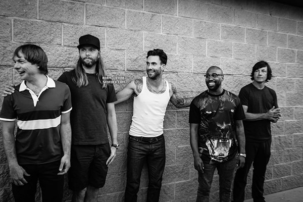   Honda Civic Tour - 09.08.2013 : concert à Mansfield (Massachusetts - USA) ; On The Road ; Visite d'un hopital pour enfants & new's en vrac