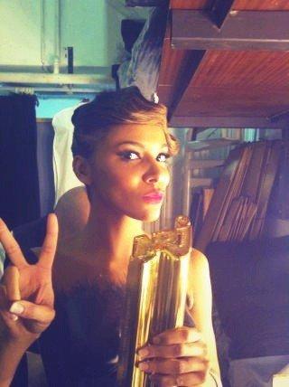 ~Shy'm aux NRJ Music Awards 2012♥!~