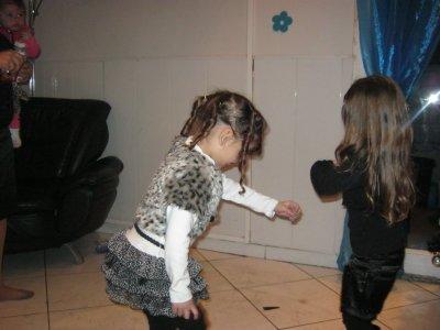 moi et couz nana on dance en noel