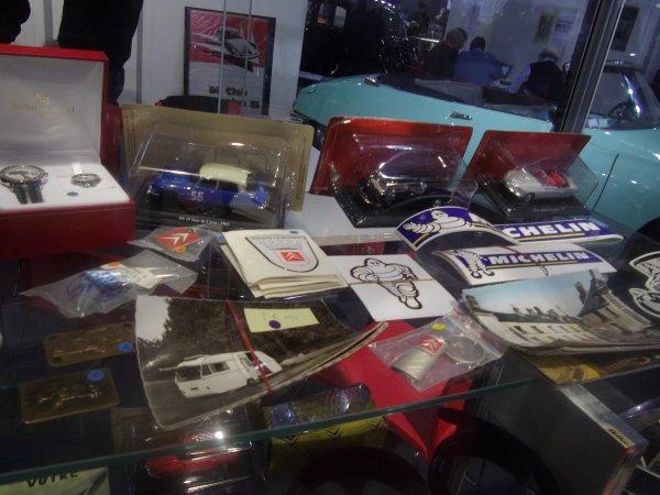 salon retro mobile du 1au 5/02/2012