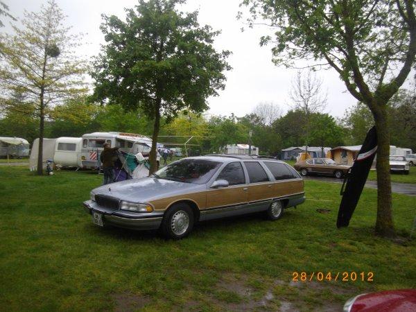 1087  8eme retro camping 2012 du cqnv a chinon 37
