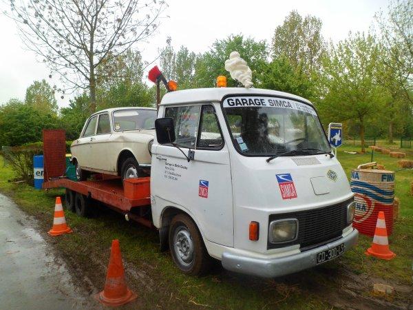 1088  8eme retro camping 2012 du cqnv a chinon 37