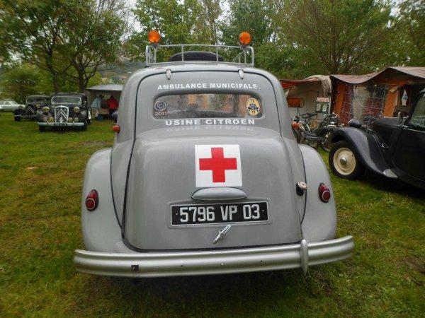 1093  8 eme retro camping du cqnv a chinon (37)