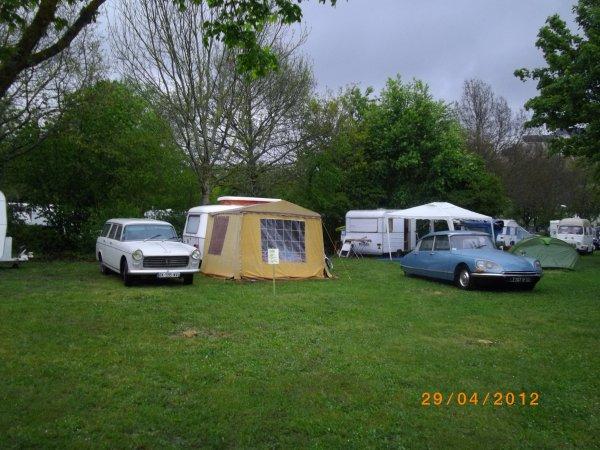 1097 8 eme retro camping du cqnv a chinon (37)