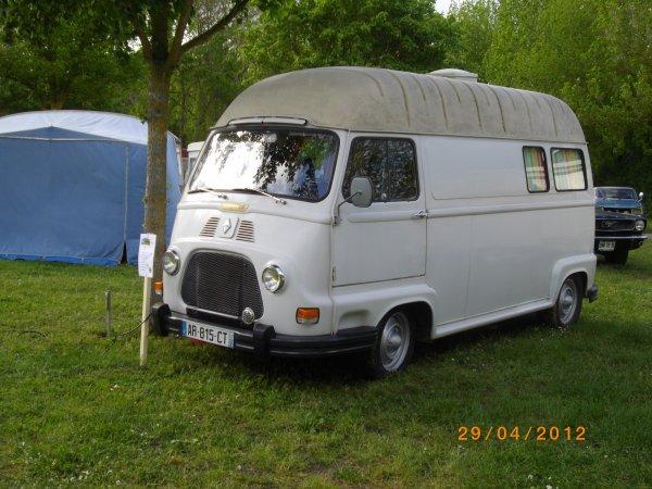 1106   8 eme retro camping du cqnv a chinon (37)