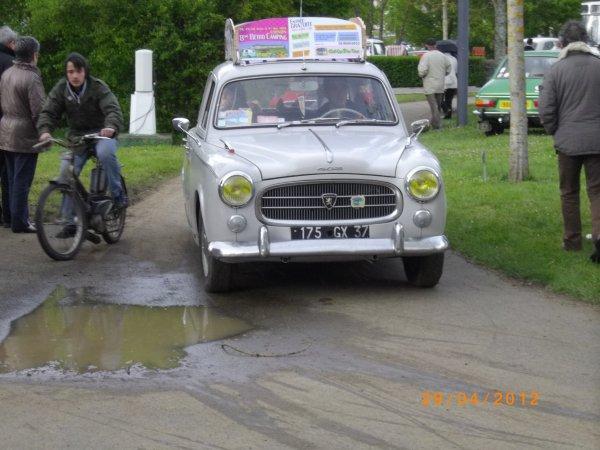 1109 8 eme retro camping du cqnv a chinon (37)