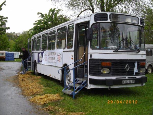 1110 8 eme retro camping du cqnv a chinon (37)