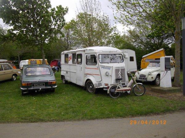 1115   8 eme retro camping du cqnv a chinon (37)