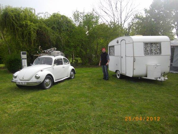 1135  8 eme retro camping du cqnv a chinon (37)