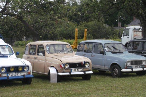 1148  expo de véhicules a francueil 06/2012 dep 37