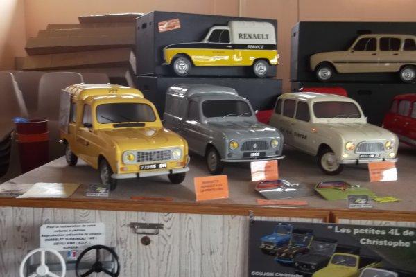 1151 expo de véhicules a francueil 06/2012 dep 37