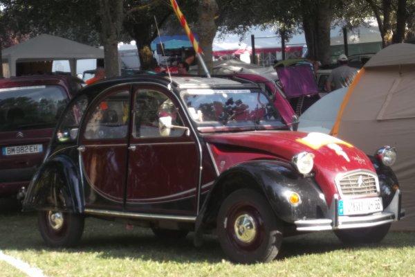 Blog de cqnv-37 1160 le 11 et 12 / 08 /2012 8 ème concentration de 2 CV - Fiesta'Deuche Berry Touraine