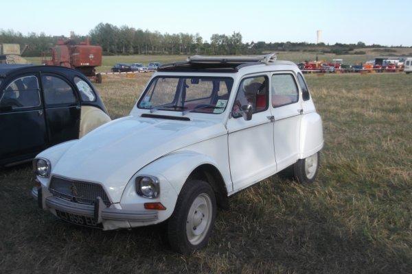 Blog de cqnv-37 1161 le 11 et 12 / 08 /2012 8 ème concentration de 2 CV - Fiesta'Deuche Berry Touraine