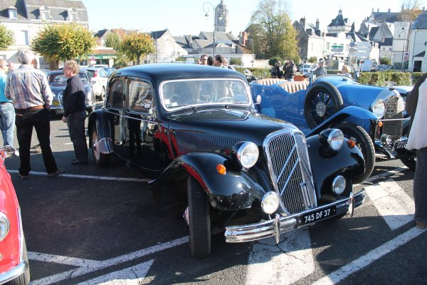 cqnv-37 expo voiture loches 37600 le 5 11 2015