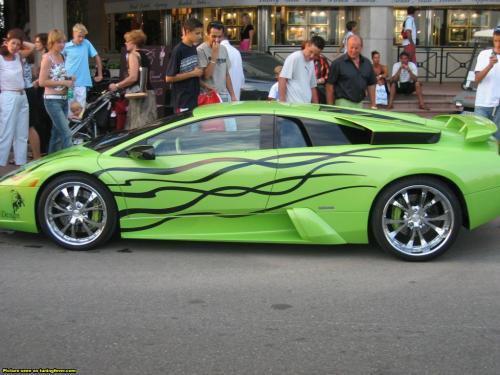 trop belle voiture