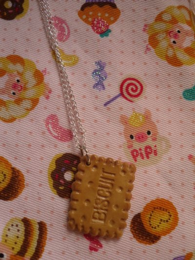 Collier biscuit