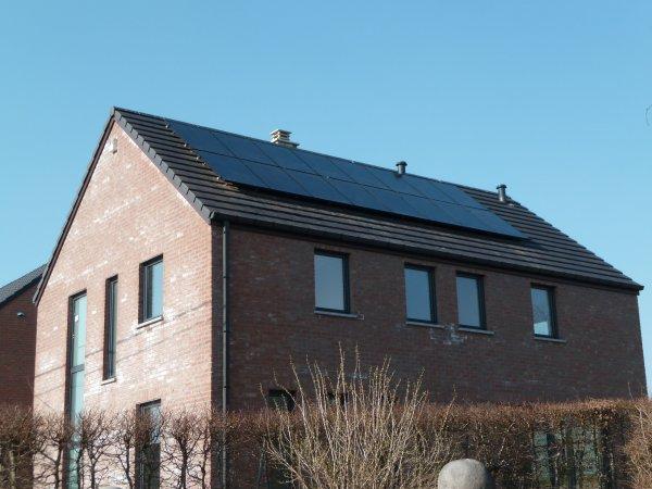 Faux plafond de la cuisine et photovoltaïques