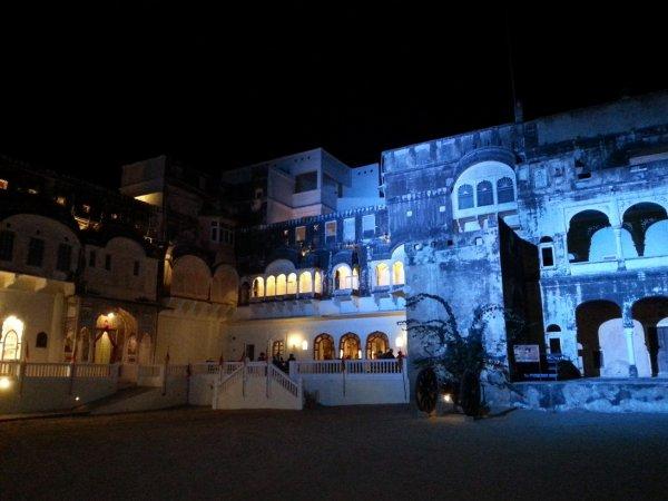 Mandawa Castle.