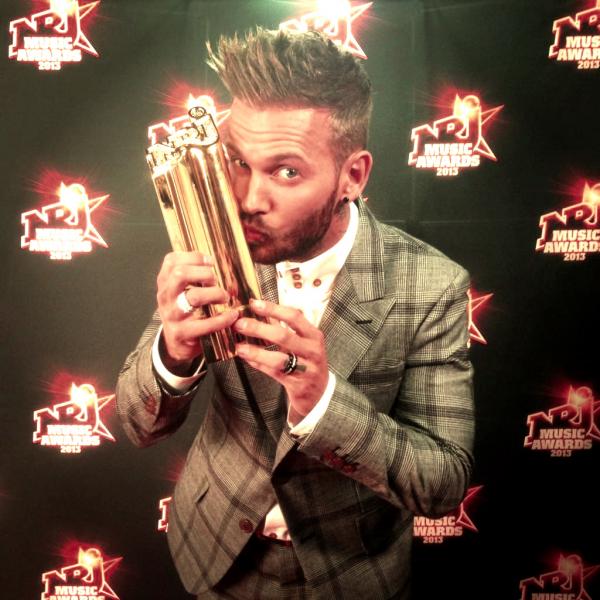 NMA 2013 : On l'a fait Matt a remportée son 9éme Award, l'histoire continue & les jaloux vont encore parlée pour rien dire.. ! Sa joie à l'annonce de son prénom était superbe à voir.. ! Il l'a remportée & c'est amplement méritée.. ! #Fière #Pokofamilypourlavie.. !