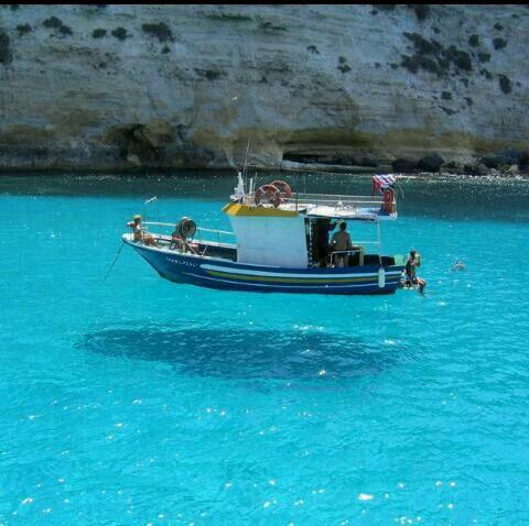 Le bateau il flottz ou il vol??????