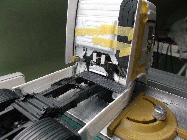 mercedes mp3 petite et grande cabine !! 02 !! les châssis sont aussi différent !!