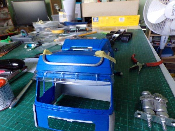 MAN F2000 !!!! 23 !! rétros et début de fabrication de la  rampe de phares !!