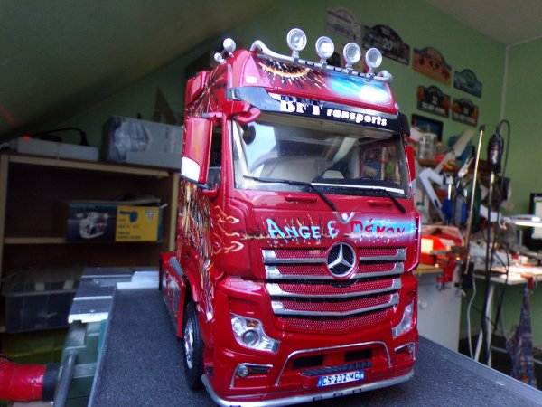 mercedes mp4 !! 30 !! il est finit !!