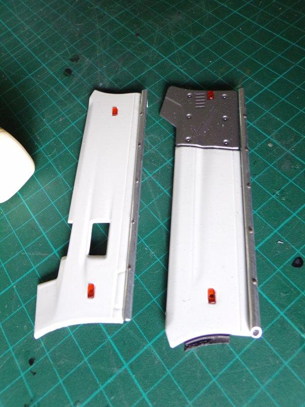 RENAULT T 520 !! 06 carénages et déflecteur d'angle de cabine