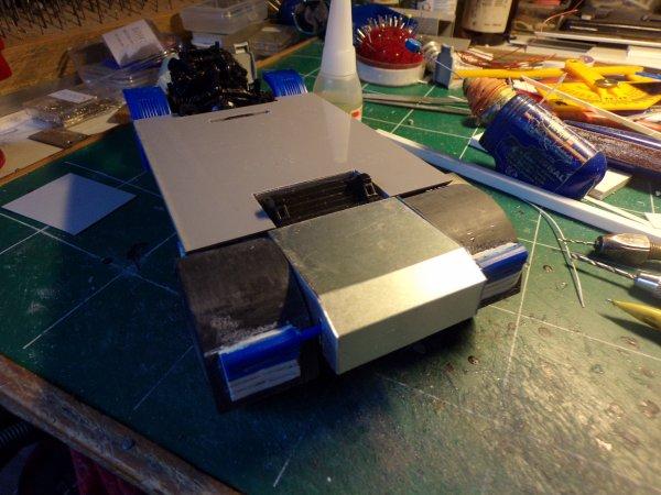 scania 143m !!! 03 début de fabrication des sièges et du couvre châssis !!!