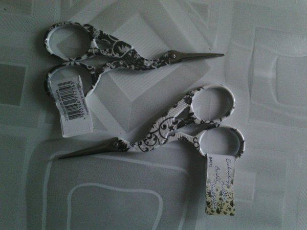 2 paires de ciseaux offert par mon fils