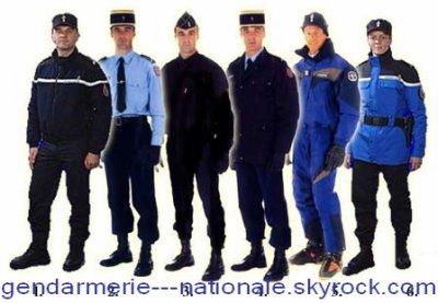 voila les uniformes de la gendarmerie blog de gendarmerie nationale. Black Bedroom Furniture Sets. Home Design Ideas