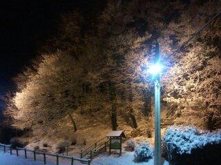la neige le soir pres de la motte