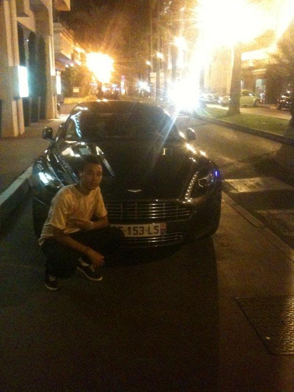Derriere la croisette a Cannes derrière l'hôtel du carlton ;)