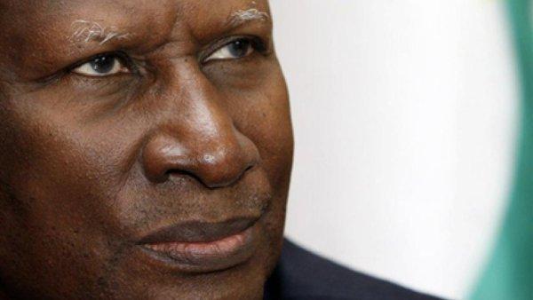 Culture-Abdou Diouf Perd La Mémoire