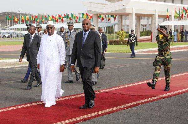 La Diplomatie Sous Mankeur Ndiaye