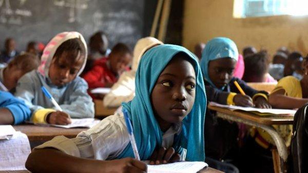Educations Sans Educateurs