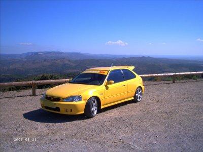 Voici ma voiture actuelle! (bientot en vente )