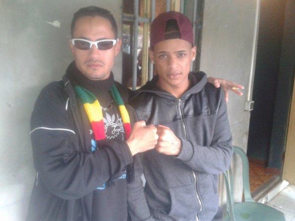 # Dj Renlo Ek Young G_ A la Soucoupe ;)
