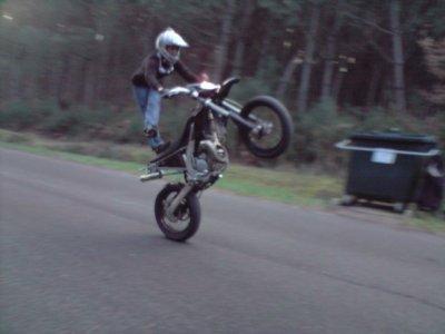 un pti blog sur moi donc sur les moto ..