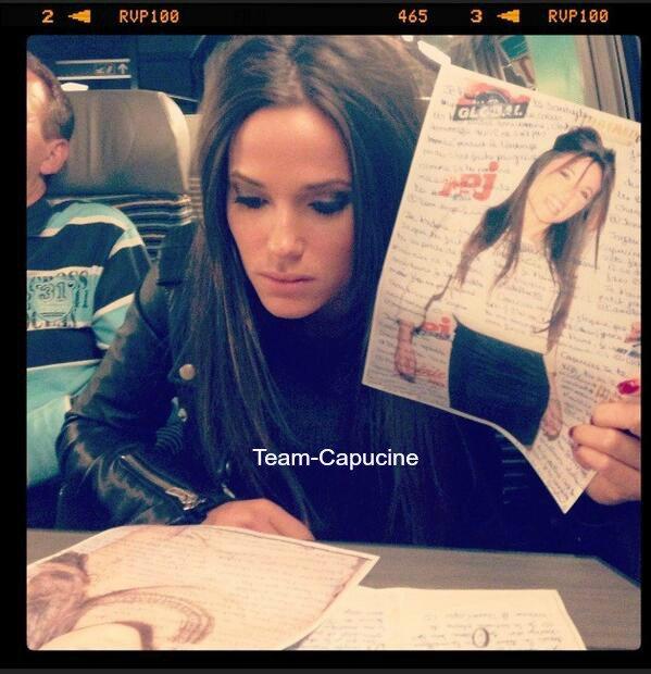 Team-Capucine • Capucine était au NRJ Music Tour + Elle lit les mots de ses fans pour son anniversaire
