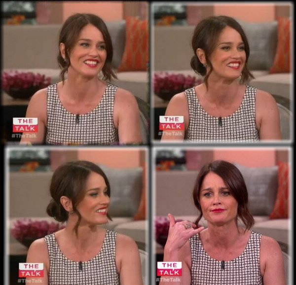 "13.02.2015 Robin invitée au talk show de CBS ""The Talk"""