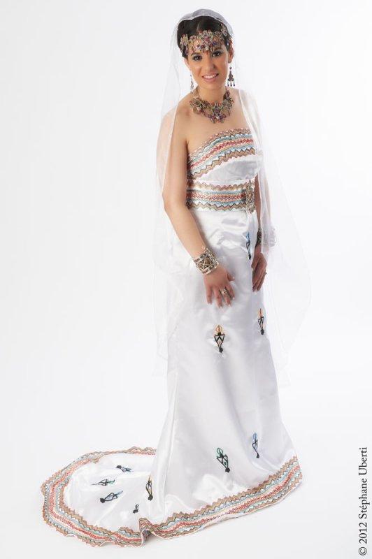 Robe kabyle d coration de salle et location de robes for Decoration kabyle