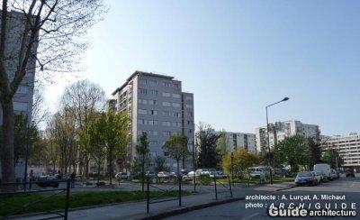 Saint-Denis : l'opération anti-drogue des policiers applaudie par les habitants           cité     Gabriel-Péri