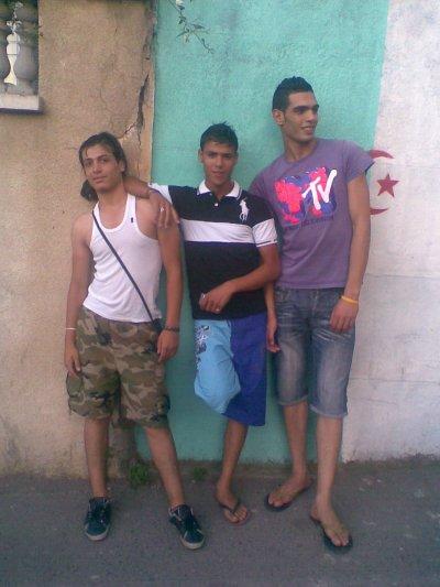 hanoun 2011