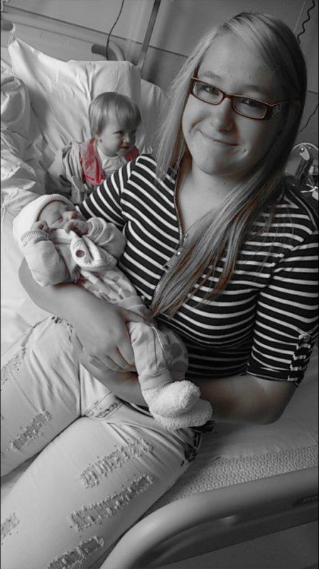 ma soeur Sara et ma fille