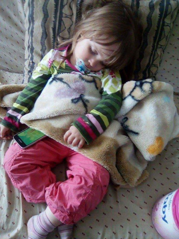 trop choux comme elle dort ma petite fille