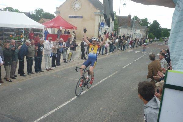 Championnat Départemental Route a Louestault le 15 mai 2011