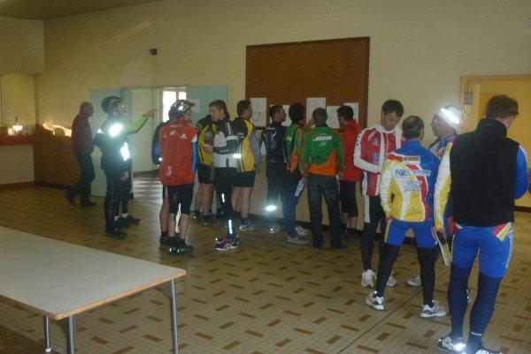 Randonnée La Nouzillaise et Spécial Chronométrée à Nouzilly le 01 avril 2012