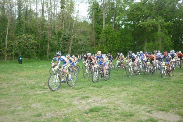 Compétition VTT FFC 37 Montlouis le 06 mai 2012